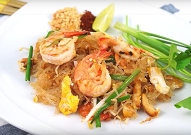 Pad Thai Noodles with Shrimp